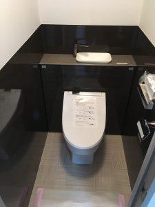 はね汚れに強い カウンター手洗 タンクレスシャワートイレ