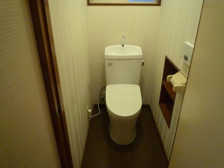 T邸トイレ、洗面、浴室ドア工事