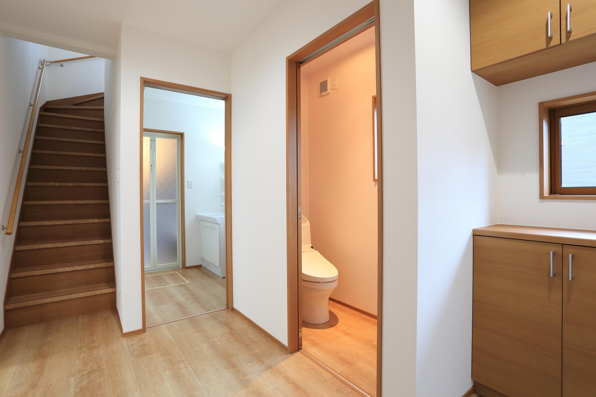 階段 トイレ 洗面所の動線