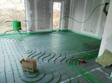 練馬区の温水配管埋設式床暖房
