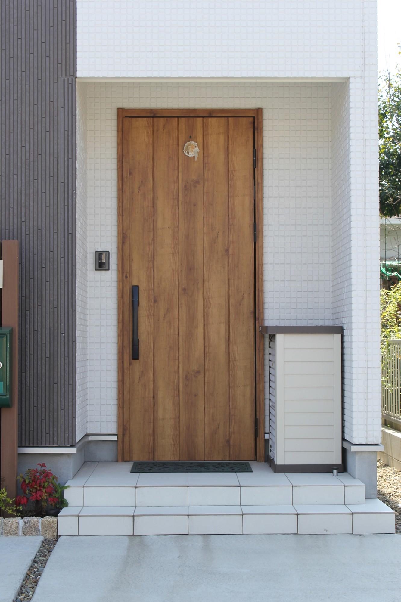 木製玄関建具