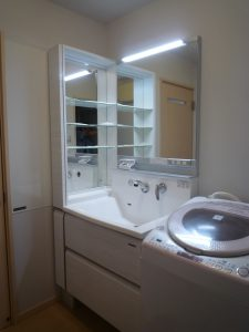 ホーロー洗面化粧台