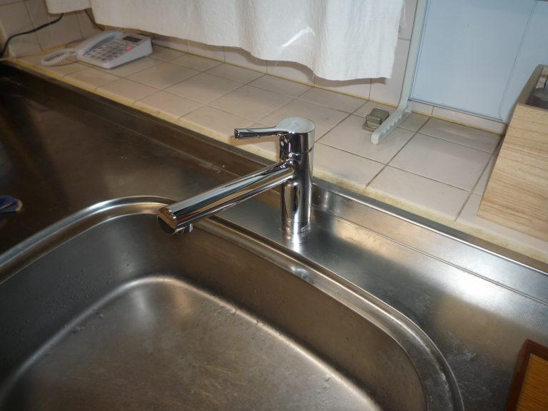 U邸台所水栓工事
